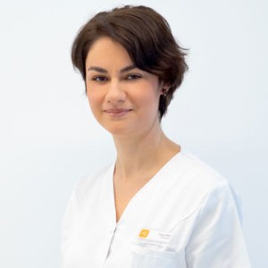 Medic specialist oftalmolog Dr. Dana Popescu