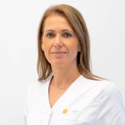 Medic specialist chirurg oftalmolog